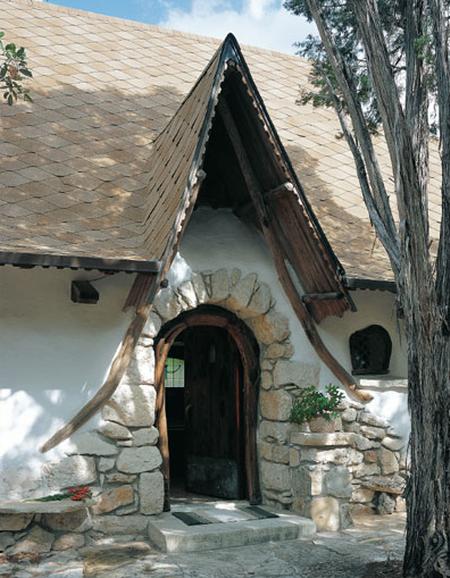 hobbit-house-front