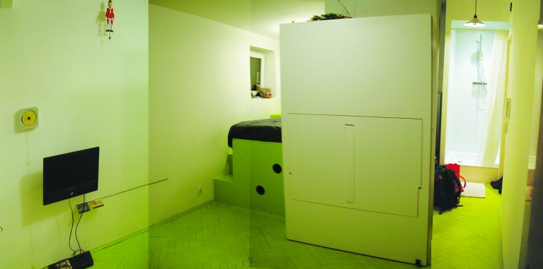 Tiny Space – Hidden Kitchen