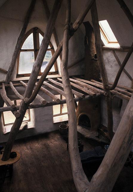 3 Benefits of Roundwood Timber Framing