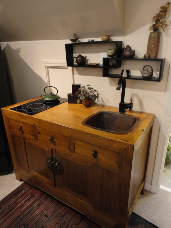 Mini Kitchen Unit - by Ron Czecholinski