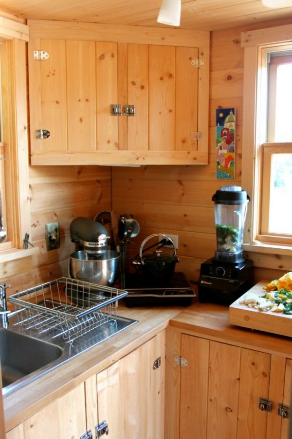 Moschata Rolling Bungalow - Kitchen