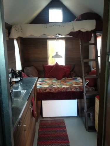 Pearl Interior - The Tiny House Hotel