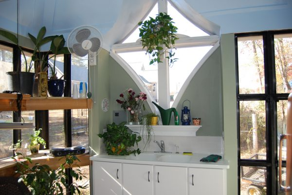 Jeffs Cabin Greenhouse