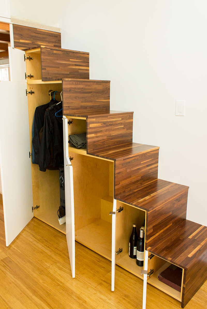 Hikari-Box-Tiny-House-Tansu-Stairs-with-Storage-Open