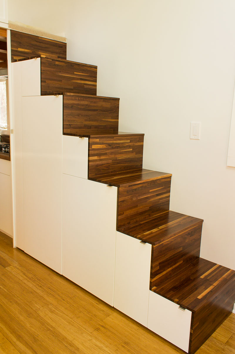 Hikari-Box-Tiny-House-Tansu-Stairs-with-Storage