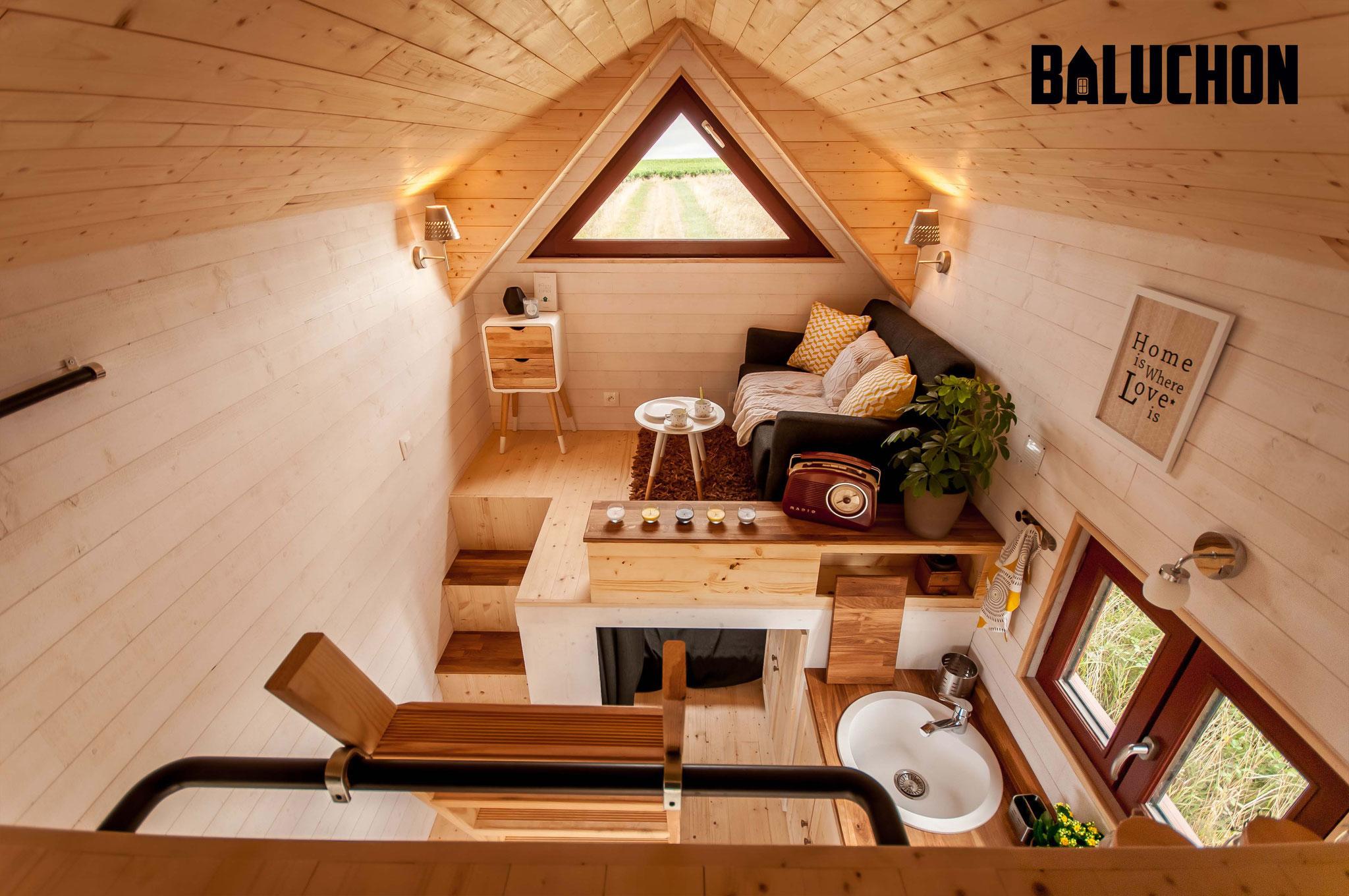 L'Odyssée - French Tiny House Unique Loft Living Room