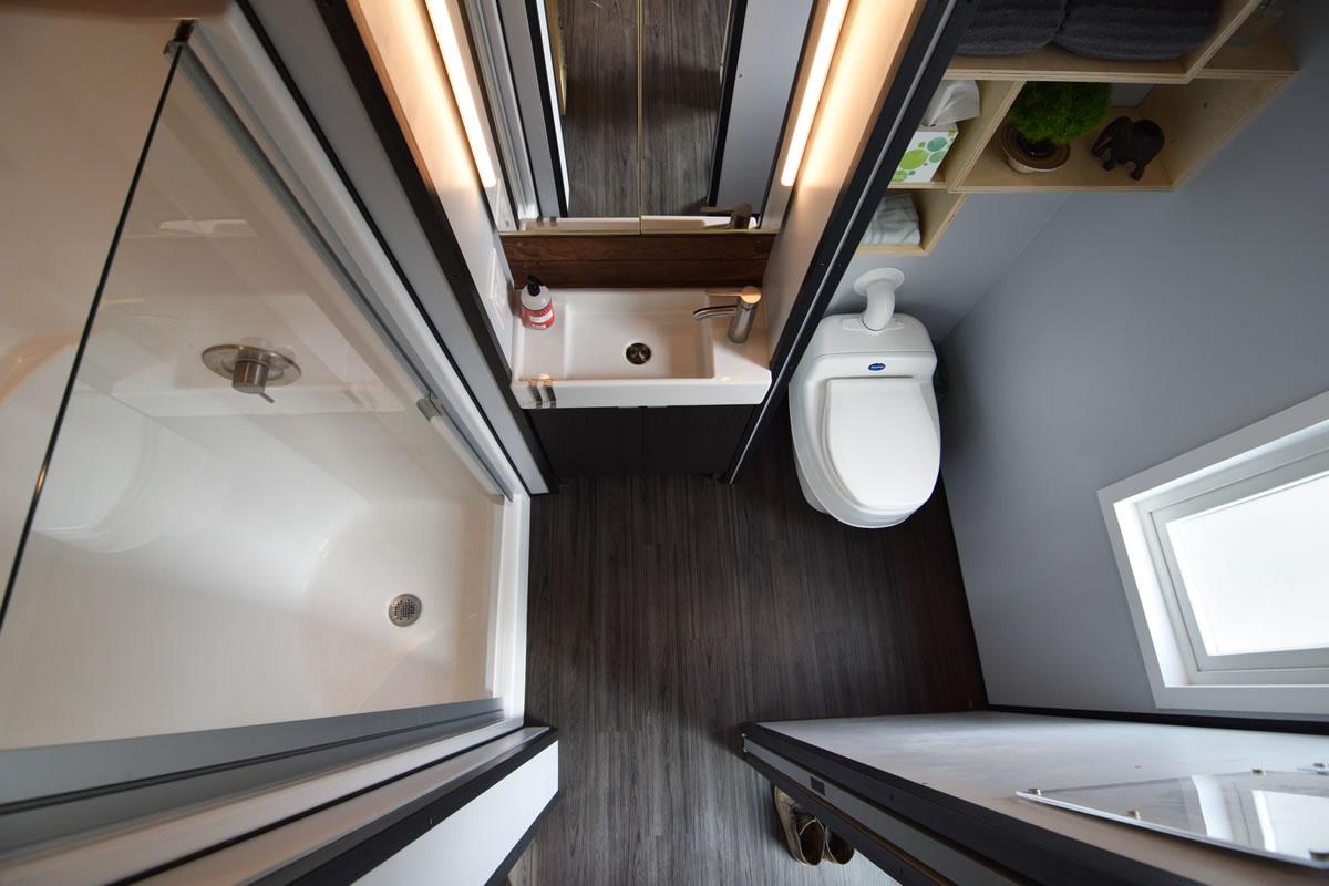 shedsistence bathroom