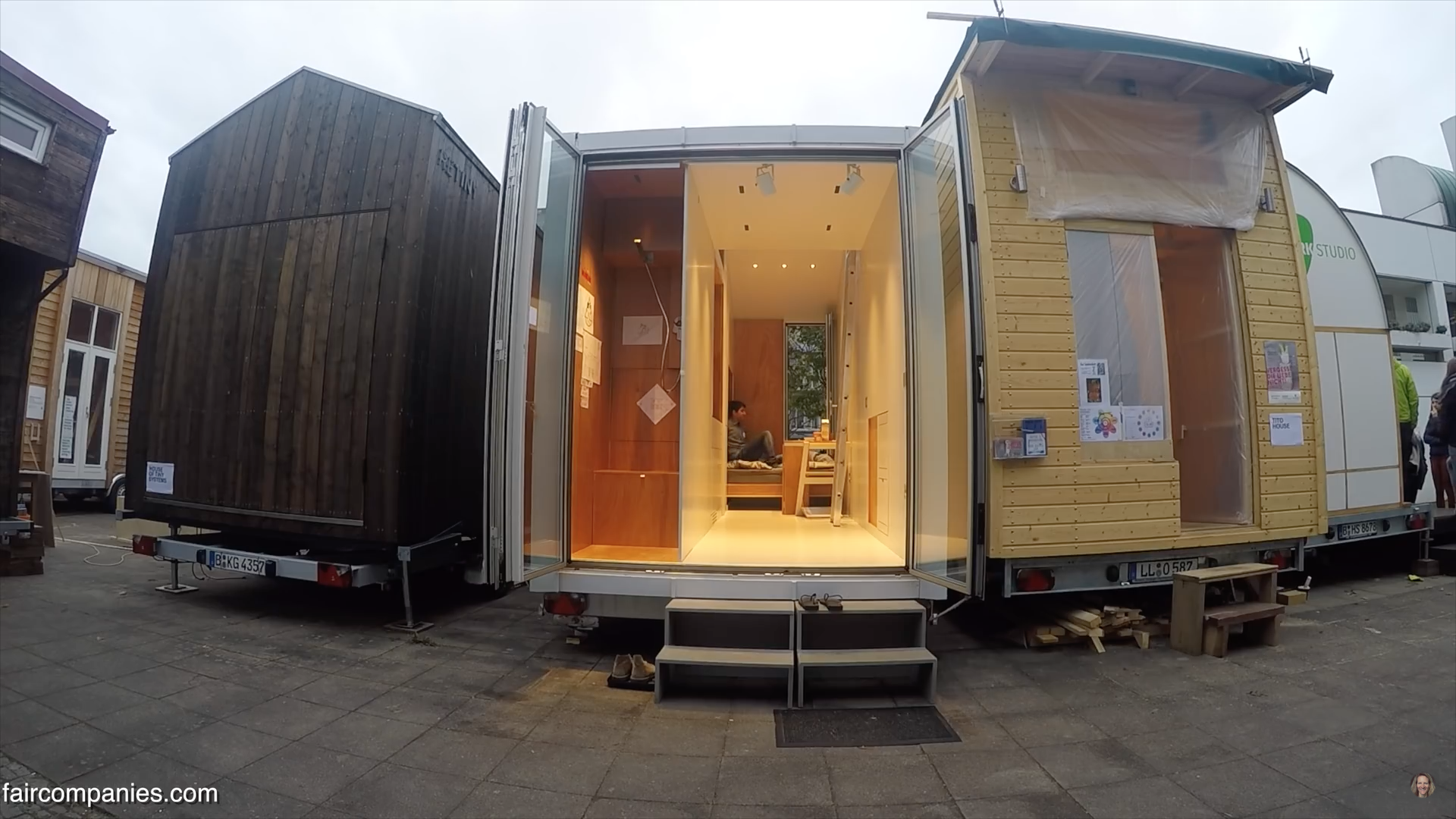 Incredible Transforming Tiny House – Nicknamed aVOID