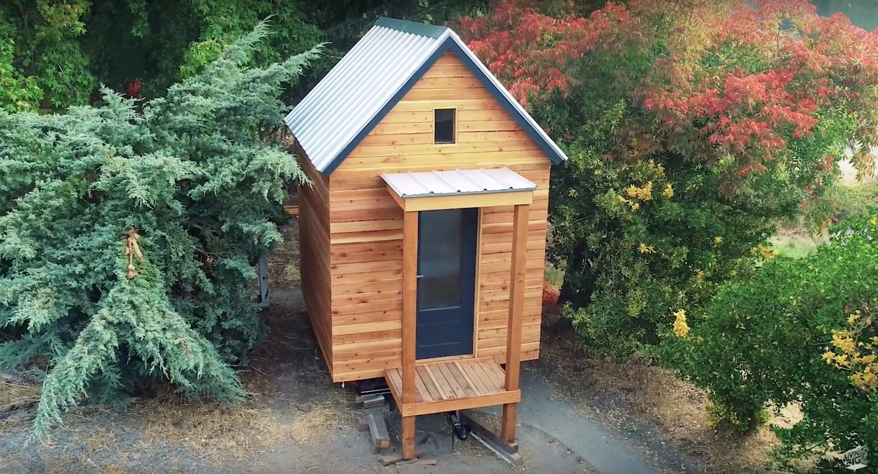 Jay Shafer Builds a $5,000 Tiny House